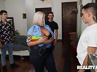 Younger guy with a large dick fucks massive ass slut Julie Cash