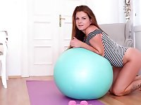 Video of naughty Mila Fox working out and pleasuring her pussy
