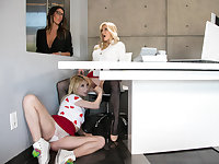 Lesbian boss having 3some sex in office