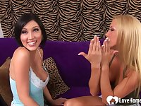 Two hotties use dildos on each other's vagina