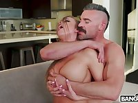 Hot blooded dude fucks sluttishly looking chick with juicy ass Britney Amber