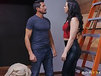 Whitney Wright likes to fuck in all possible poses with her boyfriend