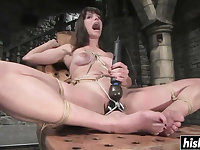 Hot dude tied up Bobbi Starr before she starts suck his chopper