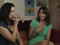 Jelena Jensen spreads her long legs for Zoey Holloway to eat her cunt