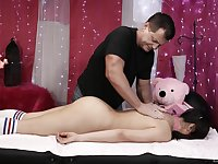 Young Asian slut wants horny masseur to cum on her face