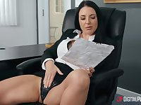 Angela White fingers her pussy and blonde Ivy Wolfe joins her