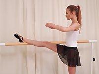 Sporty charming ballerina Olivia Westsun loves fingering her wet pussy