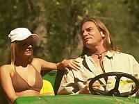 Crazy outdoor fucking under the sun with blonde Cassie Courtland