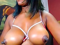 Fat Norwegian ebony on webcam