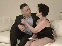 Lewd wrinkled old whore Lisbeth loves kissing dude and sucking his cock