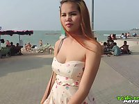 Pregnant Thai girl Am hooks up with one kinky foreigner